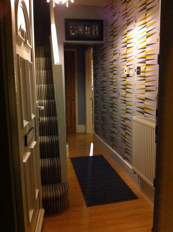 Hallway carpet and wallpaper