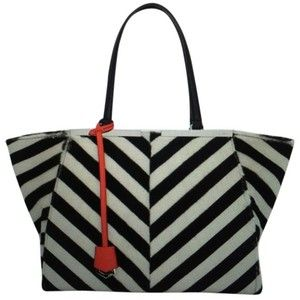 Pre-owned Fendi Trios Jour Chevron Shearling Black And White Tote Bag