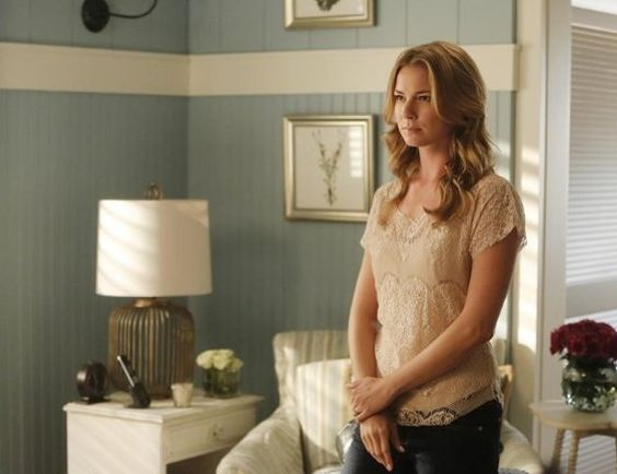 Pin for Later: 75 Stylish Reasons We'll Miss Revenge Season 3 Perhaps Emily is contemplating her easy-chic style.