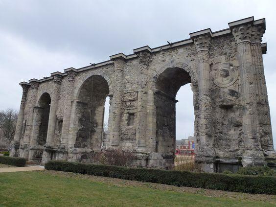 Roman Architecture In Reims France Porte De Mars Ancient Roman