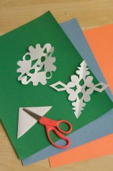 Activities: Make Snowflake Counting Cards--Neat idea!!