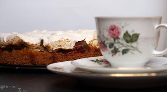 HerbstLiebe: Rhabarber-Baiserkuchen & Muttertag #ichbacksmir #torte