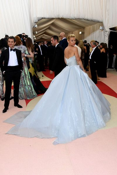 Claire Danes and Hugh Dancy - Best Dressed Couples at the 2016 Met Gala - Photos