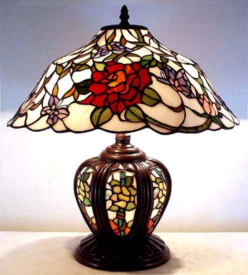 OH MY GOSH...I love this Mission Tiffany Lamp
