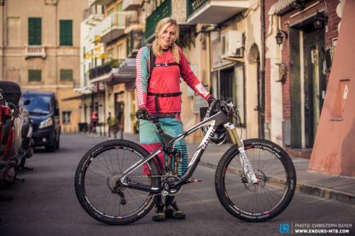 www.velovek.com  #velovek #bike #girl