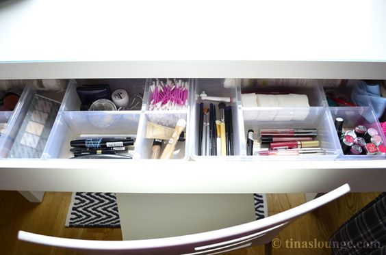 Schreibtisch Ikea Selbst Zusammenstellen ~ Schminkecke  Frisiertisch Malm von Ikea