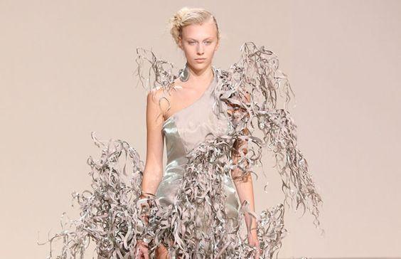 """Defile de mode haute couture Automne-Hiver 2013/2014 """"Iris Van Herpen"""" a Paris (Reporters)"""