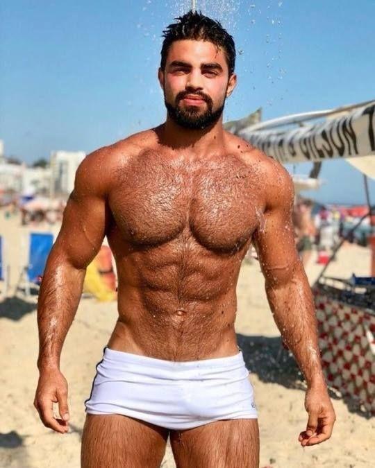 Videos Sexy nackt Männer haarig Muskel Muskulöse Gay