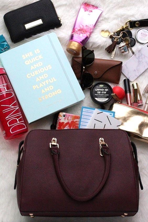 Whats in my bag? — Lemon Blonde