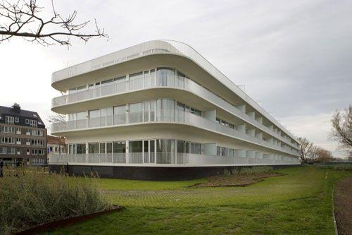 Edifícios inteligentes são economizadores de energia!    http://www.siemens.com.br/desenvolvimento-sustentado-em-megacidades/edificio-verde.html