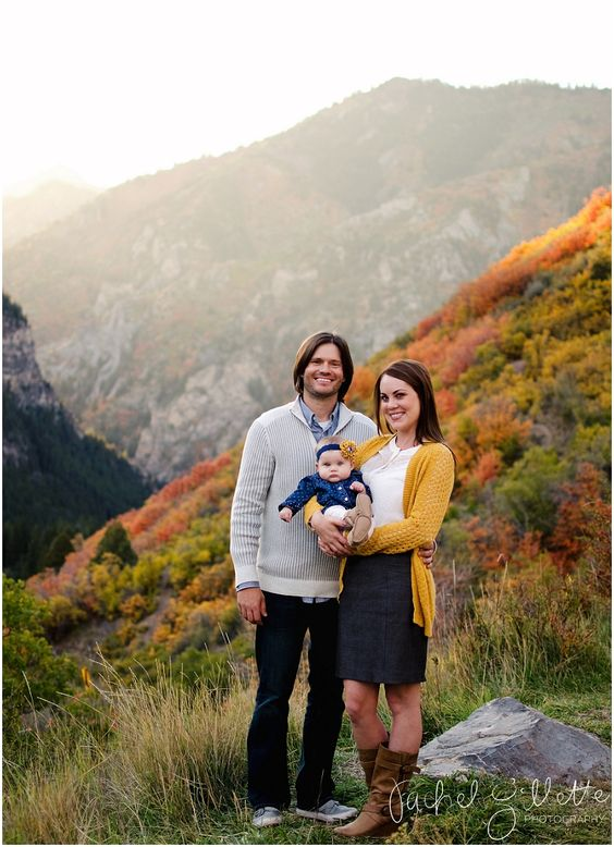 family of 3, great fall colors, rachel gillette photography