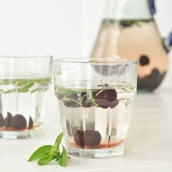 cherry basil infused water...i must try this!!!