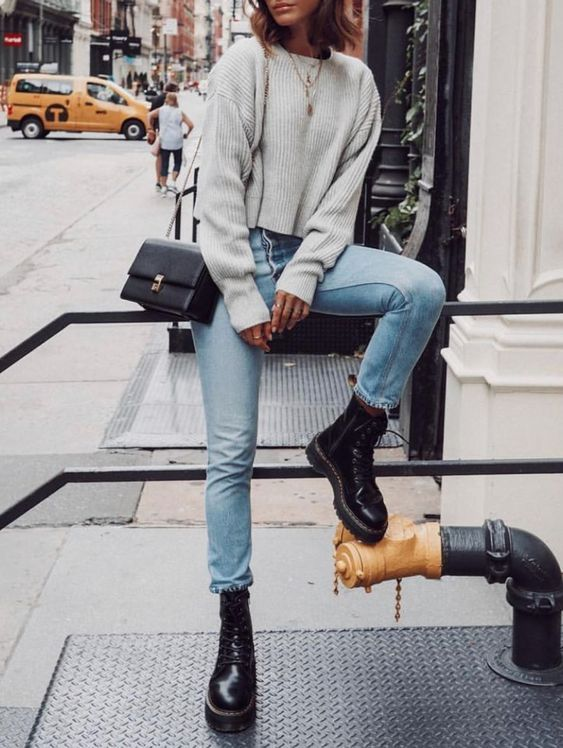 Jeans Sweater Dr Martens Cosy Comfortable Outfit Ideas Weekend