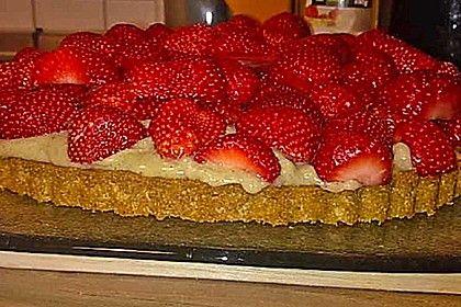 Veganer Erdbeerkuchen mit Vanillepudding und Biskuitboden, ein schönes Rezept aus der Kategorie Frucht. Bewertungen: 5. Durchschnitt: Ø 4,0.