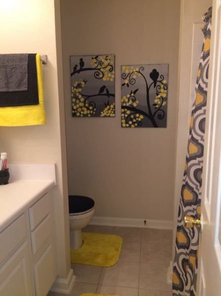 Pin By Diane Dannenberg On Yellow Bathroom 2020 Black Bathroom