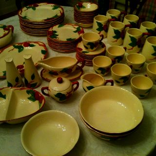 Franciscan Apple Dishes - this was the pattern my Grandma George had