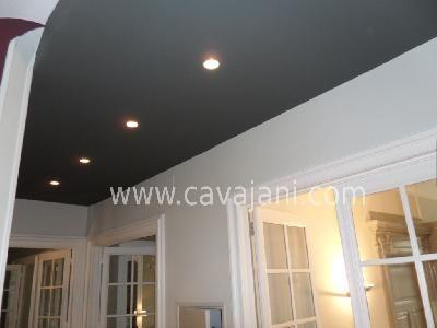 Concernant la couleur d 39 un plafond on s 39 attend for Couloir peinture bicolore