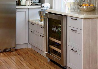 Countertop Height For Baking : Kitchen tips, UX/UI Designer and Sarah richardson kitchen on Pinterest