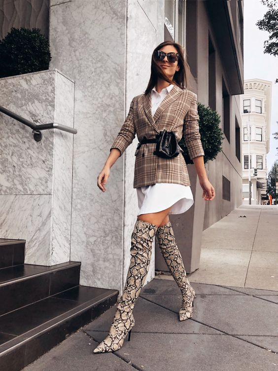 #ootd #snakeskin #otkboots #blazer #beltbag #outfits #lookoftheday #streetstyle