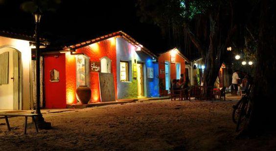 O charme do Quadrado e seus estabelecimentos coloridos