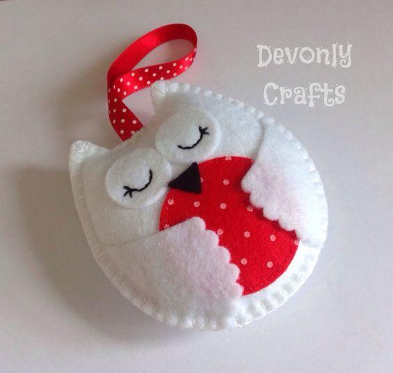 Hand Stitched Snowy Owl Felt Hanging Decoration/Ornament x1