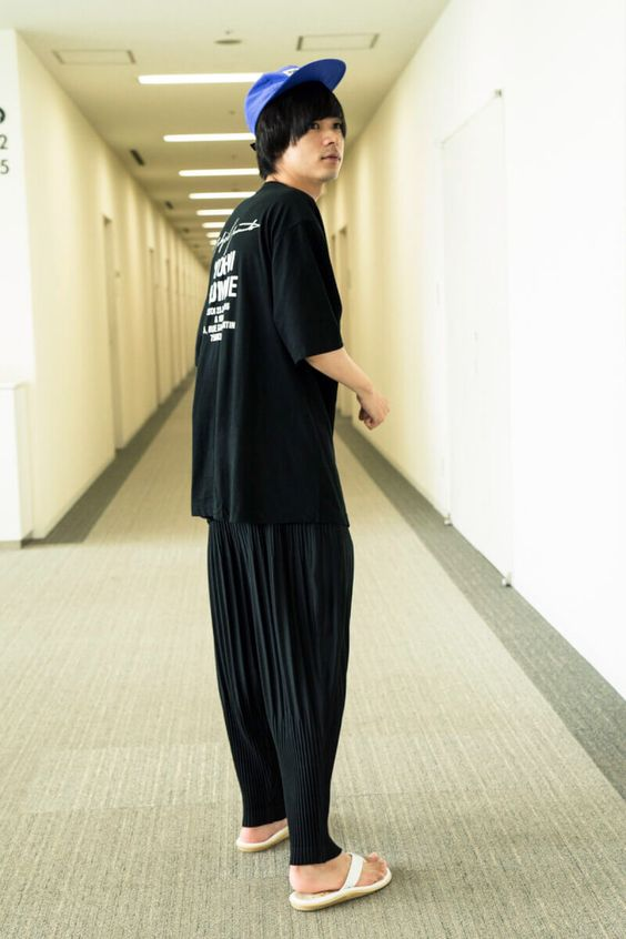 普段着のような雰囲気の成田凌のかっこいい高画質画像