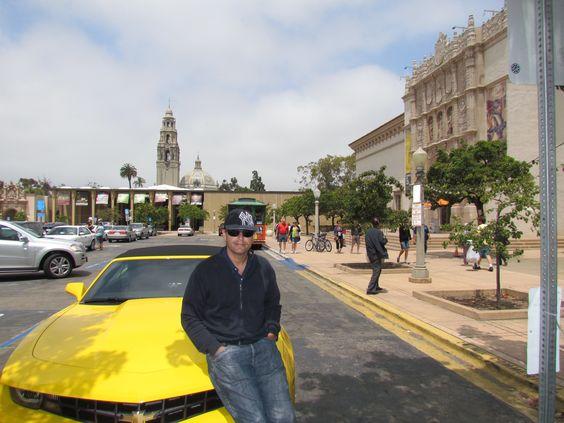 Parque Balboa, San Diego, CA. Es el parque urbano más grande de Estados Unidos y está situado en una reserva desde 1835. Es uno de los lugares más antiguos de los Estados Unidos dedicado al uso recreativo público. Además de espacios abiertos y vegetación natural, contiene una variedad de atracciones culturales incluyendo museos, teatros, jardines, tiendas y restaurantes. En 1977 fue declarado Sitio de Interés Histórico Nacional.