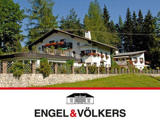 Haus Mit Hallenbad Und Separatem Gastehaus Haus Style At Home Landhaus