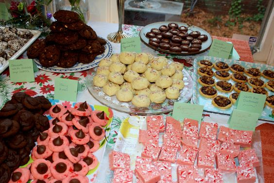 Time for Good Food: Cookies for Santa (and some to swap) #cookieswap #cookies: Good Food, Cookieswap Cookies, Holiday Food, Swap Cookieswap, Food Network/Trisha, Food Cookies, Food Drinks