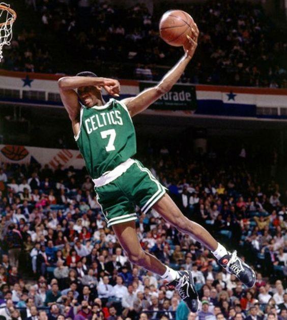 Dunk. Slam dunk photos. Best slam dunks of all-time. Dee Brown's eyes-closed dunk.