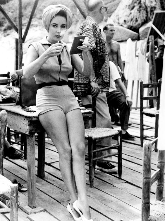 """ ""Elizabeth Taylor tends to her makeup on the set of Suddenly, Last Summer, 1959."