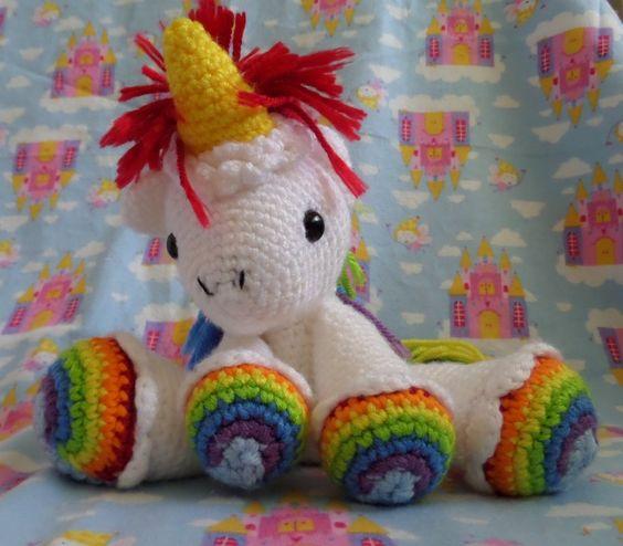 Free Unicorn Knitting Pattern : Link to free pattern amigurumi pinterest regenbogen