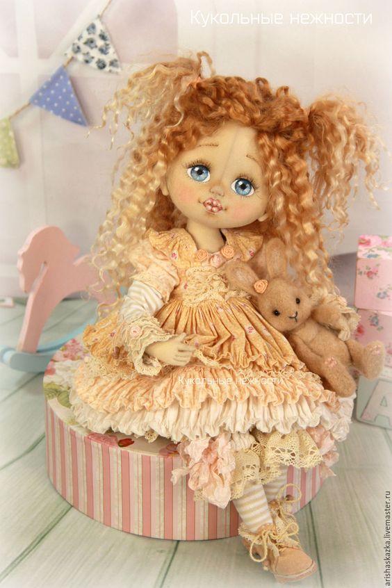 Купить Шарлотка с кроликом (резерв) . Кукла авторская текстильная art doll - кремовый, розовый, розы: