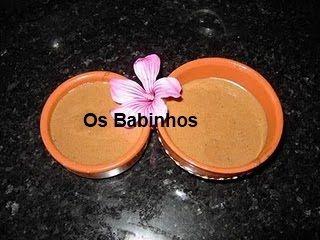 AS PAPINHAS DOS BABINHOS: Mousse de Chocolate ou Mousse 2 chocolates  http://aspapinhasdosbabinhos.blogspot.pt/2010/06/mousse-de-chocolate.html