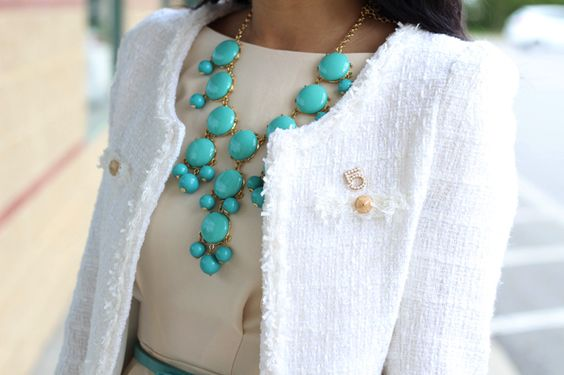 WHAT NECKLACE LENGTH TO WEAR WITH WHAT NECKLINE?  GREAT TIPS!