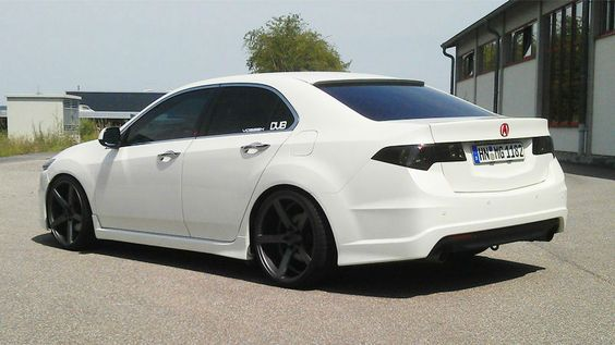 2014 Acura TSX White. Nice car.  I want the tail lights!