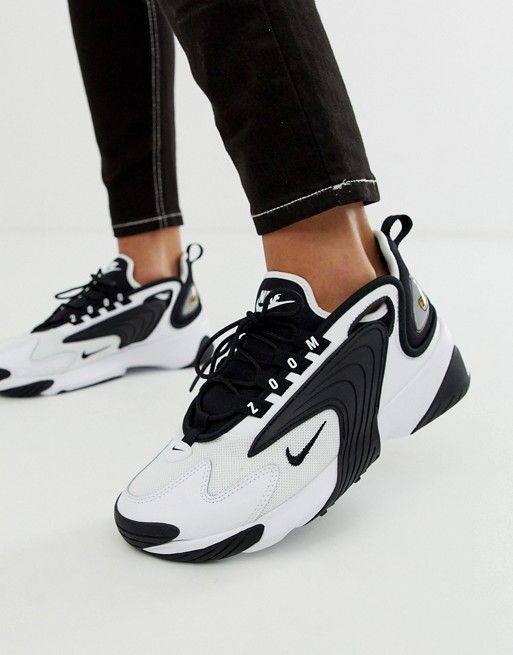 Nike Zoom 2K sneakers in white and black | Baskets blanches ...