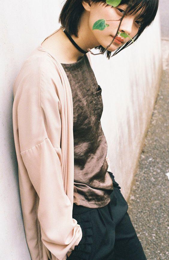 パンツのフリルに女子感がある田中真琴