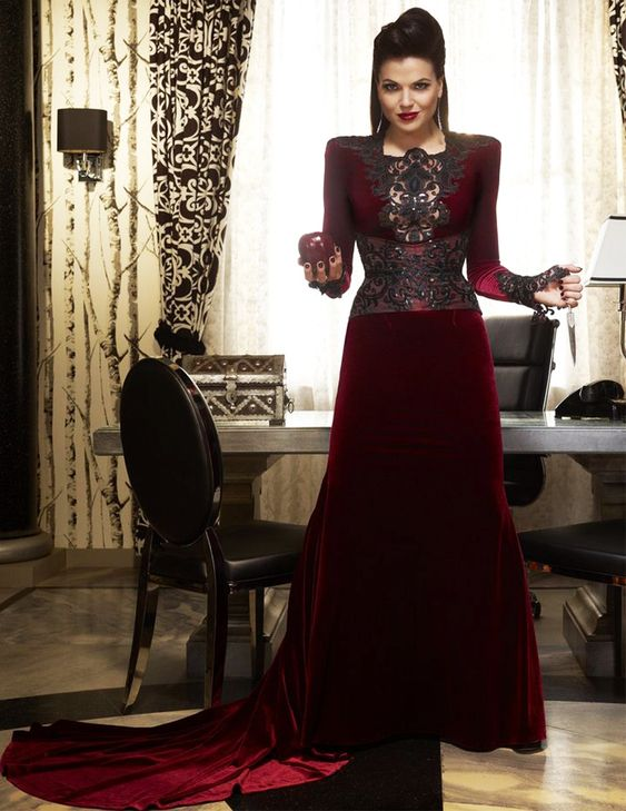 Costume Spotlight: Once Upon A Time, Regina/The Evil Queen ...