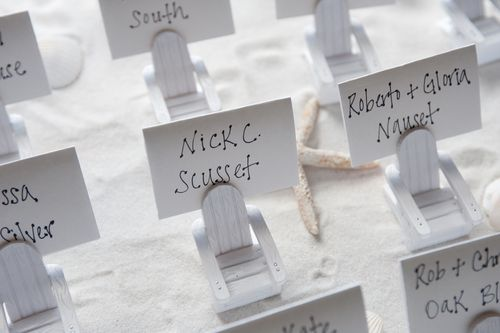 BEACH_THEME_WEDDING_PLACE_CARDS.jpg (500×333)