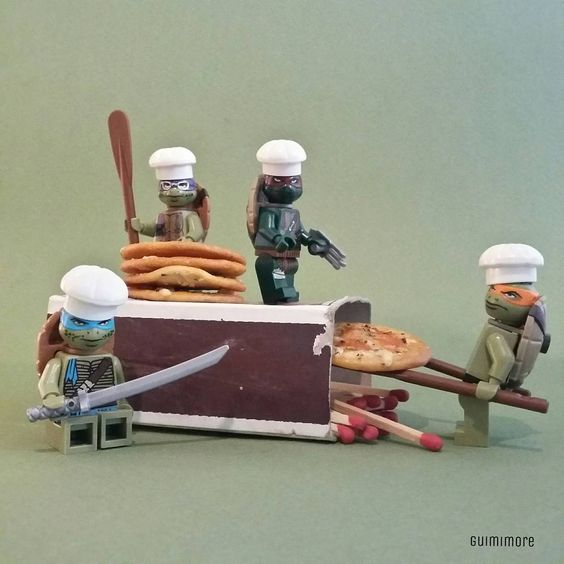 """Teenage Mutant Pizza Turtles"" Wednesday, cinema restaurant! we've hot date with April O'Neil! ""Tortues Pizza"" Mercredi, ciné resto! On a rencard avec April O'Neil!  #teenagemutantninjaturtles #ninjaturtles #turtle #pizza #cinema #movie #michelangelo #donatello #leonardo #raphael #meganfox #LEGO #minifigures #minifig #legography #toy #afol"