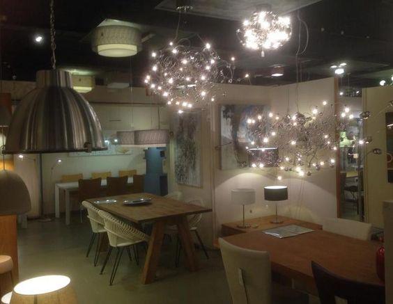 Showroom winkel interieur verlichting verlichting voor for Landelijk interieur winkels