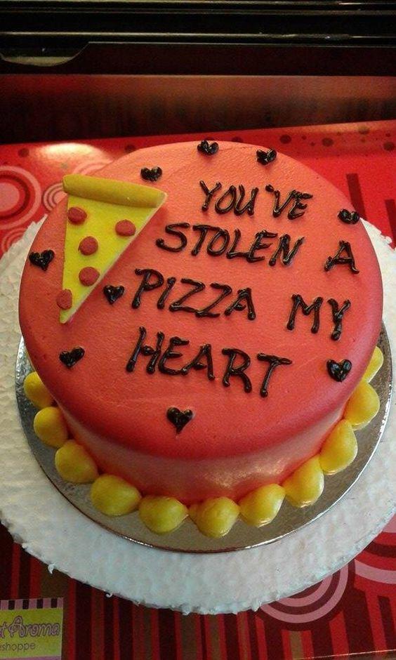 valentine cake by sweet aroma