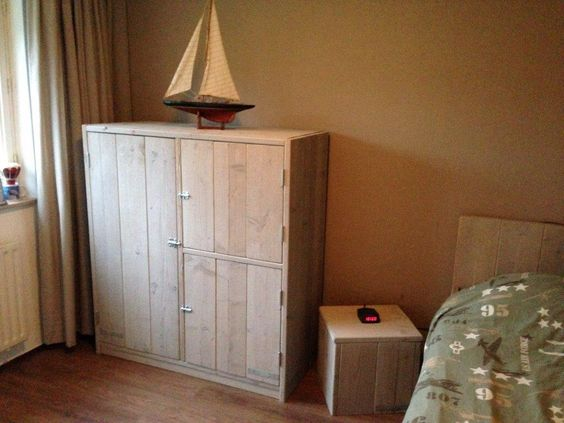 Slaapkamerkast  Made by Hout-vast. Hout Sloophout Staal Steigerhout ...