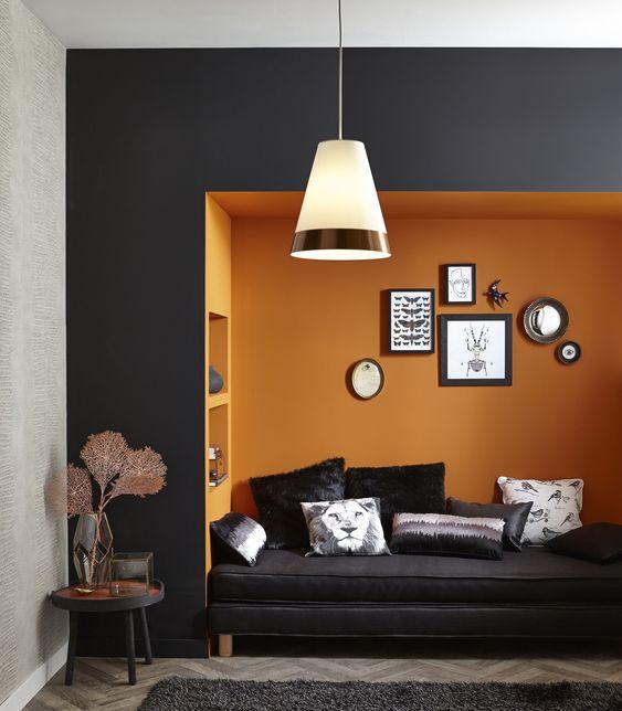 Accords d'orange et de cuivre pour une alcôve gaie et élégante. #tendanceCuivre