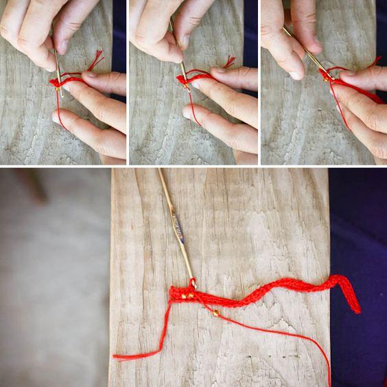 crochet breading tutorial a nice site by http://blogalacart.com/2011/07/beaded-bracelet/#