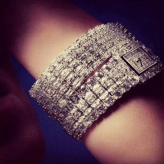 repost @williamgoldbergdiamonds #ASHOKAdiamond Five Row Iceberg #Bracelet and #ASHOKAdiamond #Watch by William Goldberg. #Gorgeous #UltimateLuxury #WilliamGoldberg www.ashokadiamond.com