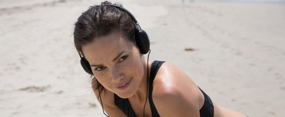 A Girl-Powered Workout Playlist to Pump You Up
