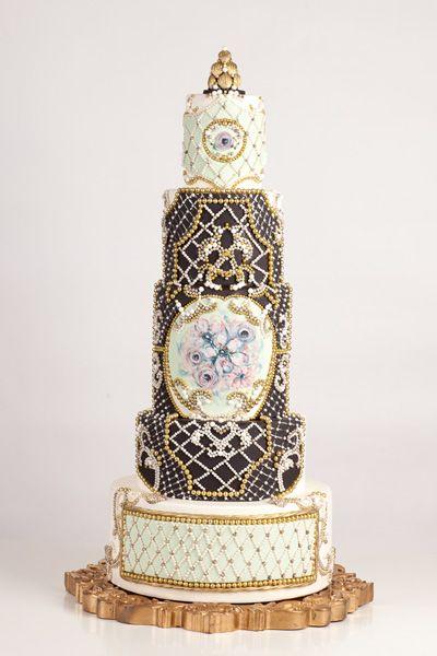 Nadia Amp Co Art Amp Pastry Balmain Cake Design Avant