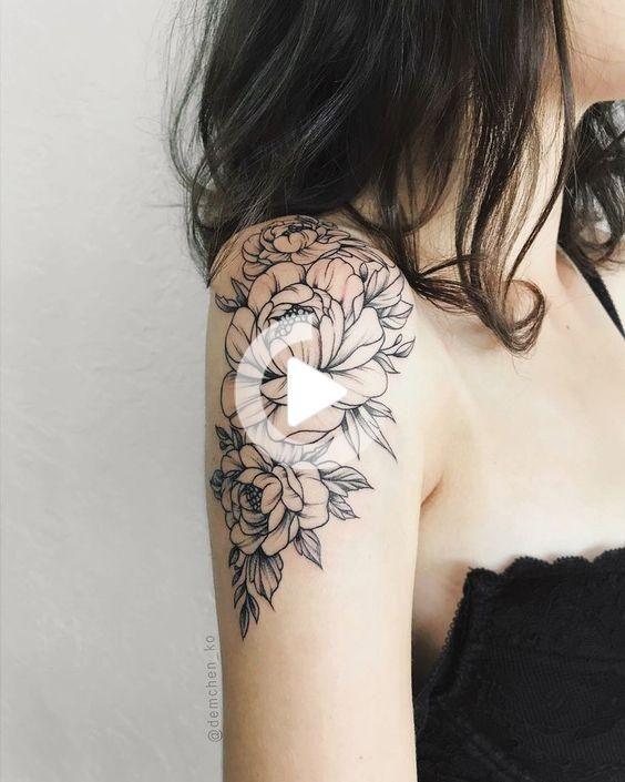 Schöne oberarm tattoos für frauen